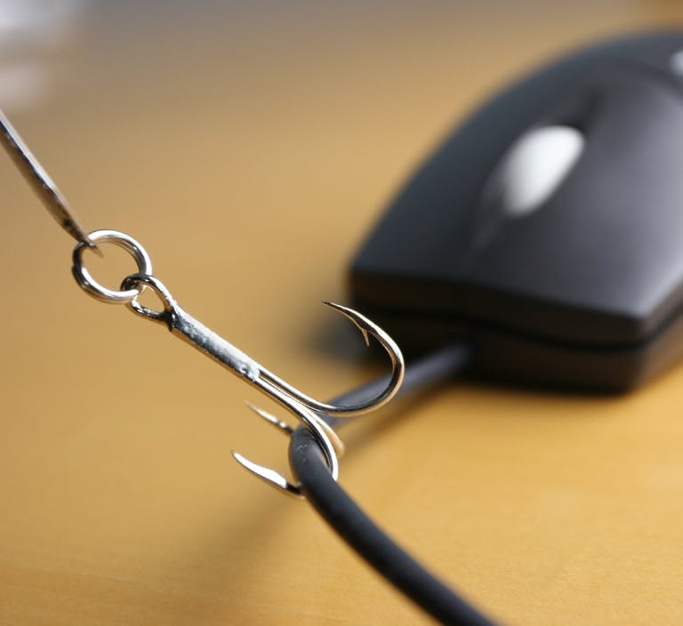 Tips to Avoid IRS Phishing Scams