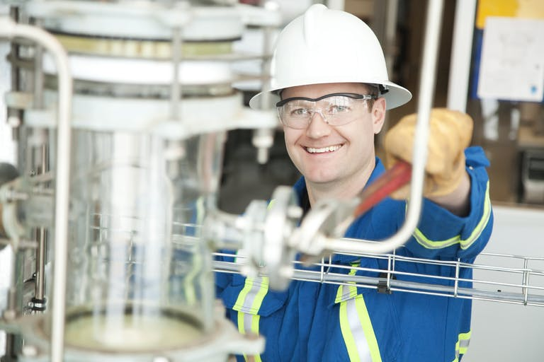 Tying Compensation Strategy to Manufacturing Recruitment and Retention