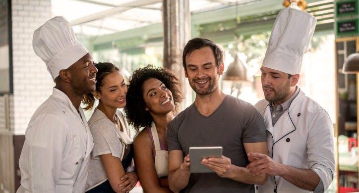 restaurant-employees-huddled