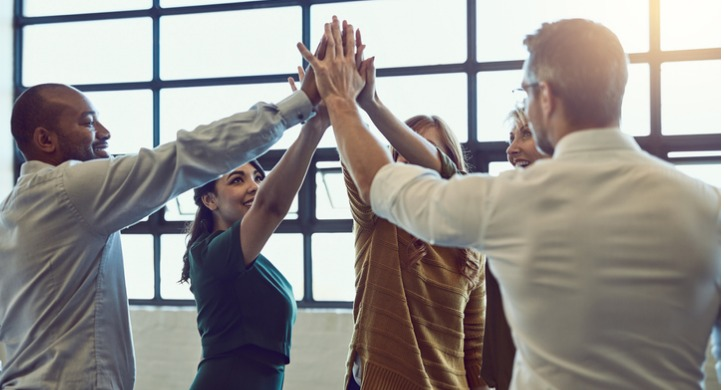 motivated-employees-high-five
